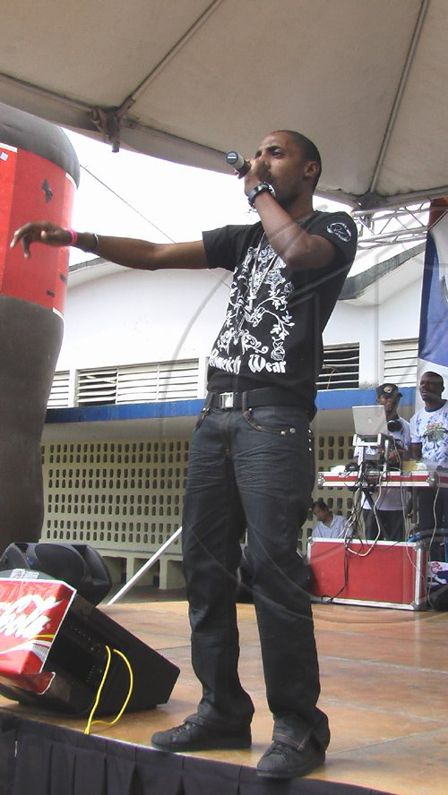 Omari-performing-at-the-Coca-Cola-High-School-Tour-held-recently-at-Jamaica-College-23