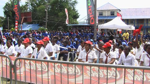Students-enjoying-the-performances-at-the-Coca-Cola-High-School-Tour-recently