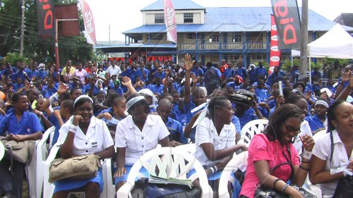 Students-present-at-the-CocoCola-High-School-Tour-held-at-Jamaica-College-Tuesday-March-3-2009.-The-concert-was-in-collaboration-with-PALS-in-celebration-of-Peace-Day