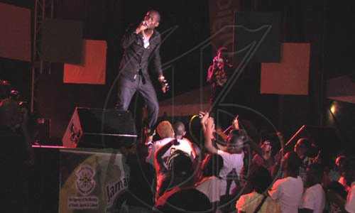 Busy-Signal-on-stage-at-the-JCDC-Festival-Song-Finals-held-at-the-Ranny-Williams-Entertainment-Centre-on-July-26-2009