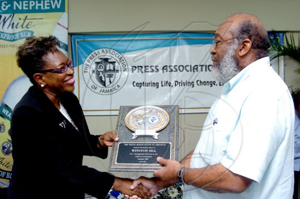 Peta-Gaye Clachar/Photographer