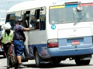 Cops clamp down on bus  operators in the Corporate Area - File.
